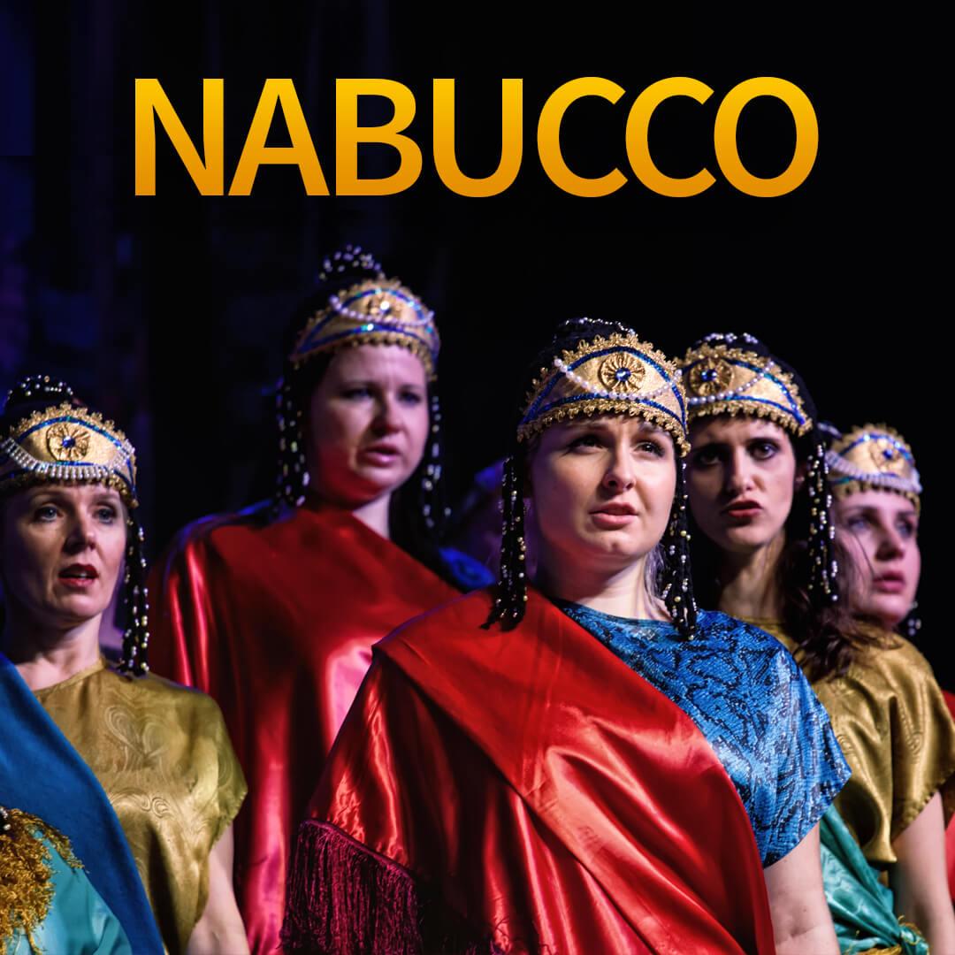 Plakat promujący operę Nabucco w Filharmonii Podkarpackiej.
