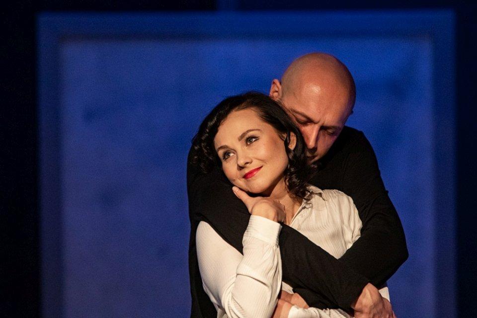 """""""Haśka"""" to spektakl inspirowany historią życia i poezją Haliny Poświatowskiej"""